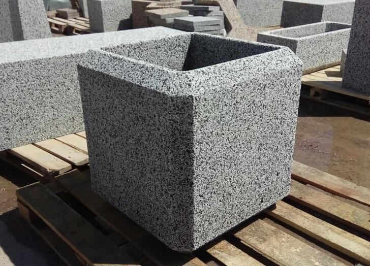 Вазон бетонный уличный Барбара