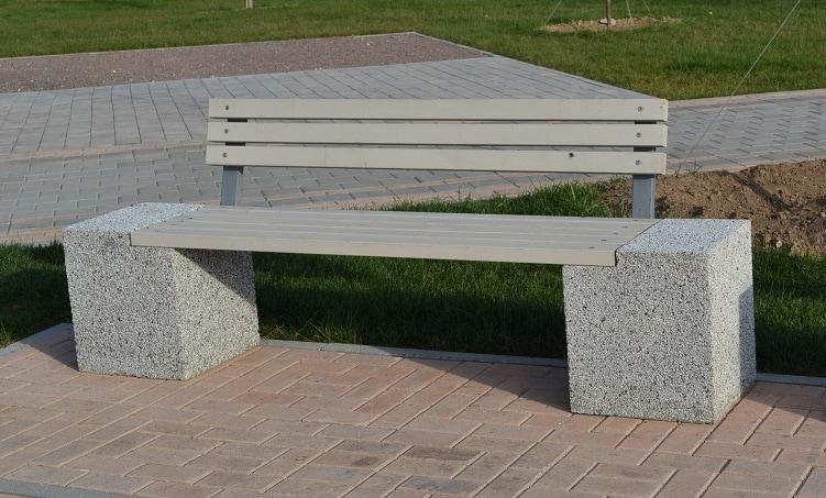 Скамейка бетонная уличная Евро 2 со спинкой
