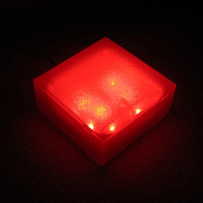 Светильник ландшафтный 100х100х40 красный