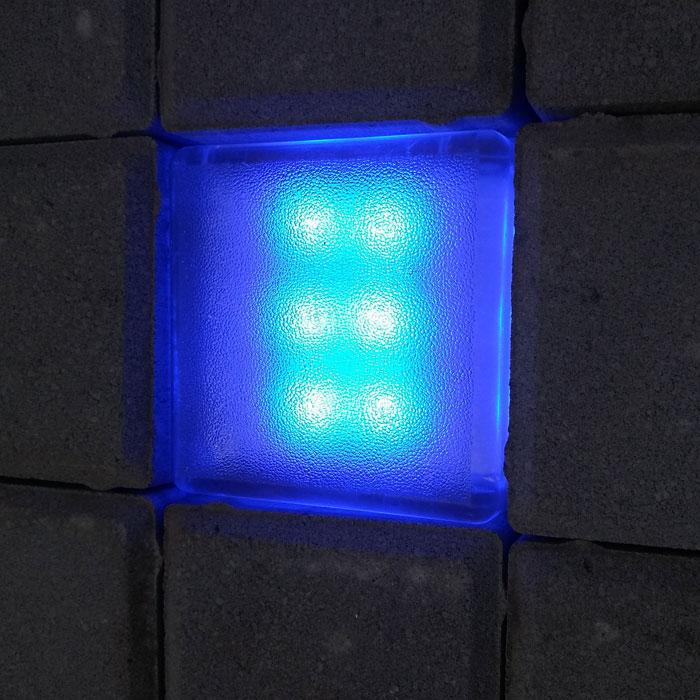Синяя тротуарная брусчатка