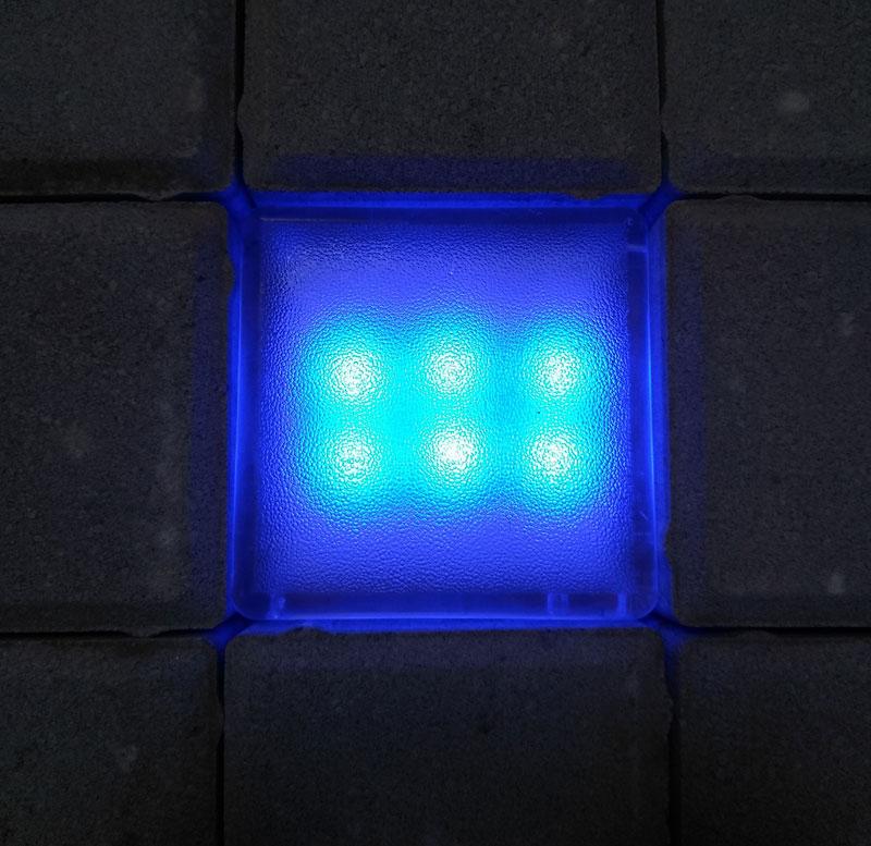 Синяя светящаяся тротуарная брусчатка купить