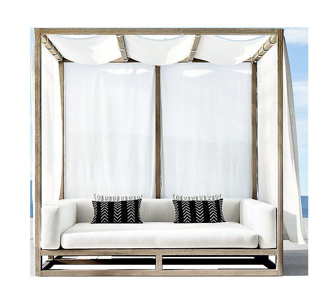 Шезлонг - кровать с балдахином для пляжа